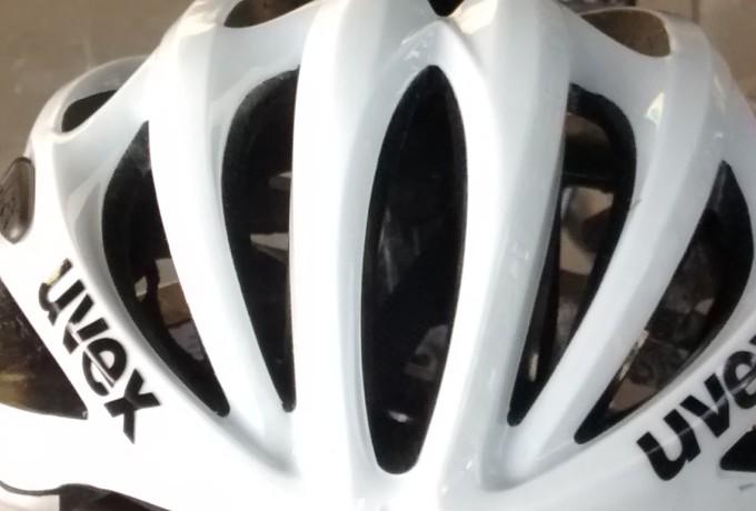 Fahrradhelm im Test (2014)