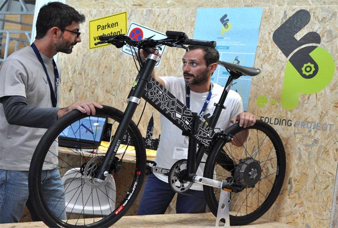 EUROBIKE 2014 Viele Neuheiten werden vorgestellt z.B. Velo Lab, FP ein leichtes, klappbares Unisex Fahrrad