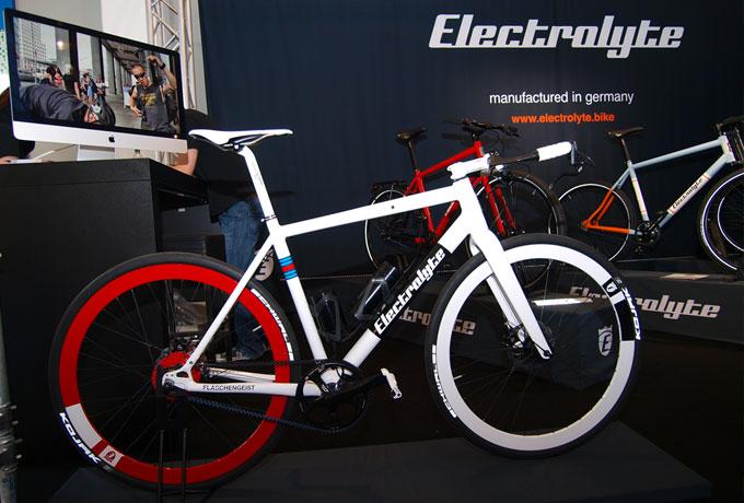 Beim Modell Flaschengeist ist der elektrische Antrieb im Hinterrad integriert.