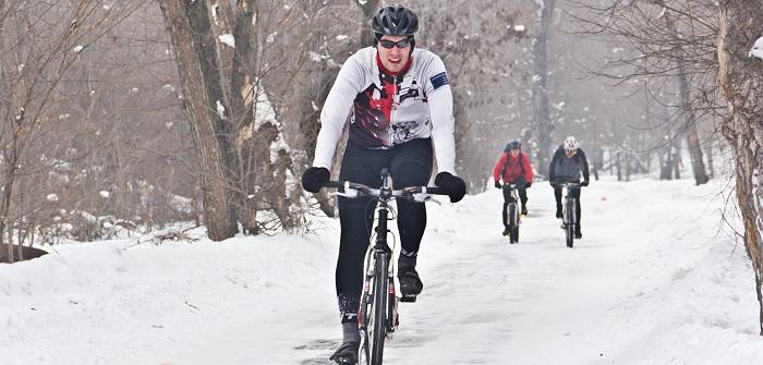 Mit dem E-Bike durch den Winter: Tipps bei Eis und Schnee