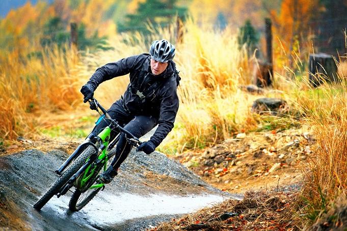 Bei der Gangschaltung handelt es sich bei Trekkingrädern meist um eine Kettenschaltung mit 21 oder 27 Gängen, so auch beim Kettler Speed 27. (#02)