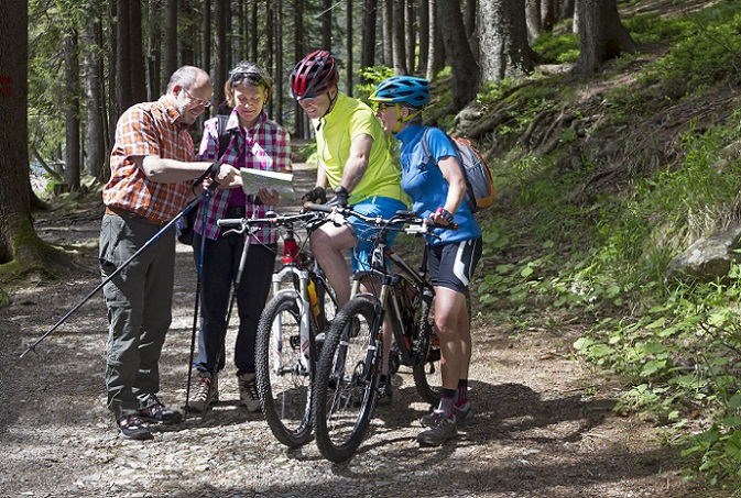 Heutzutage unterscheidet sich das Fahrrad für die beiden Geschlechter meist nur noch in ergonomischer bzw. konstruktiver Hinsicht. (#02)