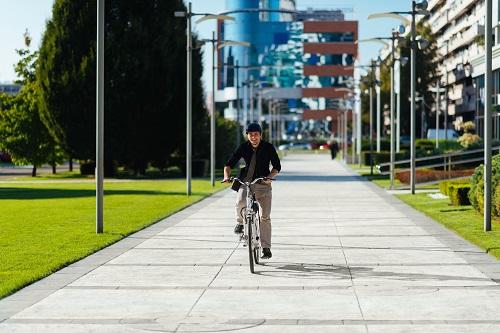 Wenn also das E-Bike für einen Mitarbeiter angeschafft wird, dann müssen die anderen Mitarbeiter ebenfalls eine Anschaffung erhalten, die preislich ähnlich liegt. (#03)
