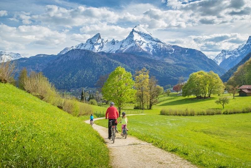 Rund um Berchtesgaden und Bad Reichenhall kommen Pedelec-Fahrer voll auf ihre Kosten. (#04)