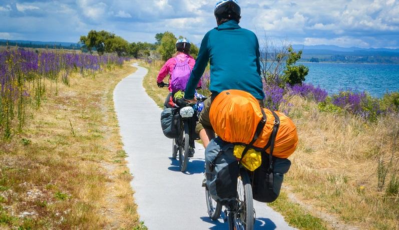 Ganz klar: Die mehrtägige oder gar mehrwöchige Bike Tour muss anders und intensiver vorbereitet werden als der kurzfristige Tagesausflug oder Wochenendtrip mit dem Rad, der vielleicht nur in die nähere Umgebung führt. (#03)