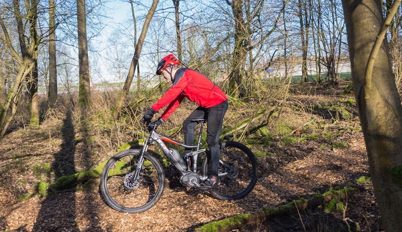 Ein zuverlässiges Elektrofahrrad muss die nötige Stabilität haben, um das Gewicht des Radfahrers und oft noch ein gewisses Transportgewicht tragen zu können. (#05)