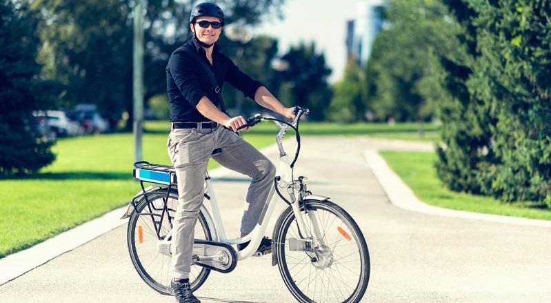 Das innovative Antriebssystem macht aus einem Fahrrad zwei und ist deshalb für Radfahrer geeignet, die sehr gern ohne Motorunterstützung fahren und sich diese zusätzliche Power nur in speziellen Situationen wünschen. (#01)