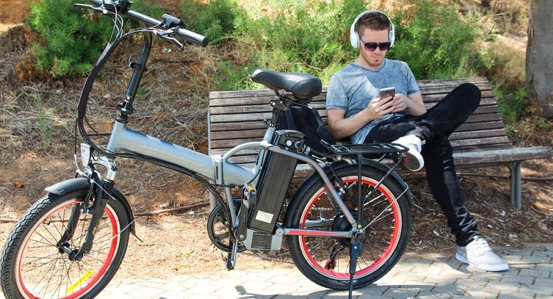 Wer ein E-Bike kaufen möchte, kann zwischen verschiedenen Radtypen wählen (#01)