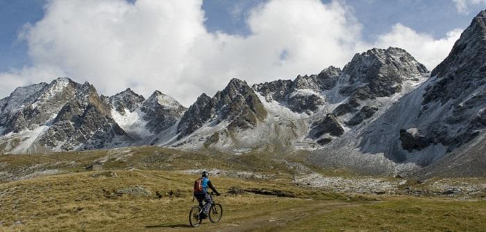 Mit dem E-Bike unterwegs in den Bergen