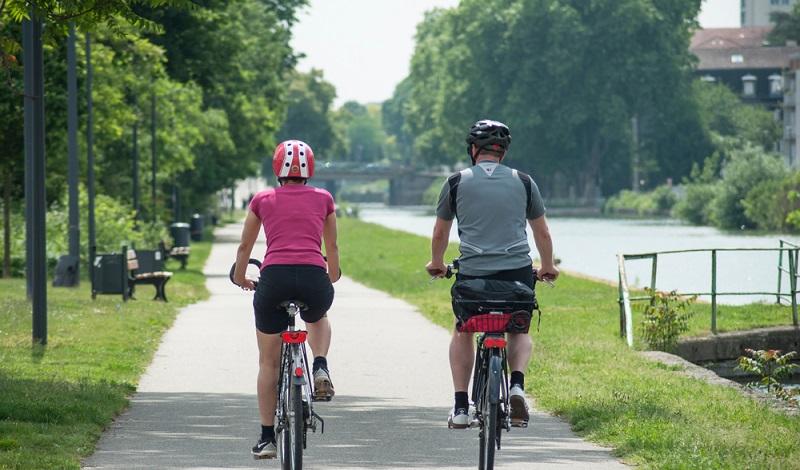 Gut ausgebaute Rad- und Fußwege laden im Elsass zu ausgiebigen Touren ein. Mit dem E-Bike, dem klassischen Mountainbike oder ganz einfach zu Fuß. (#3)