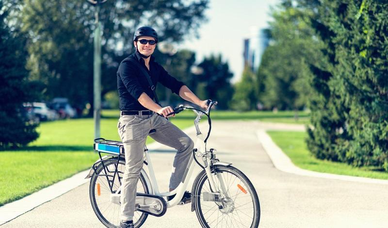 Gute Nachricht: Für ein einfaches Pedelec mit maximal 25 km/h benötigt man keinen Führerschein. (#2)