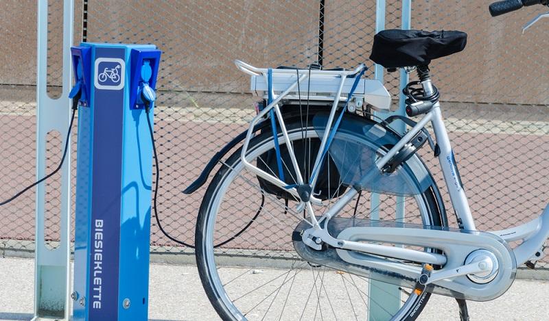 Irgendwann muss jedes noch so akkustarke E-Bike an die Ladestation. (#1)