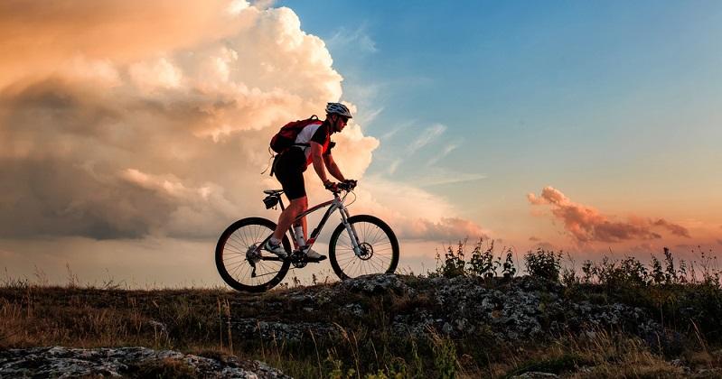 Der Road One kann all diese Vorgaben bestens im Test erfüllen. Selbst bei echten Radrennen, wo Gepäck eigentlich überhaupt nicht gefragt ist, nutzen immer mehr Fahrer den praktischen Road One.