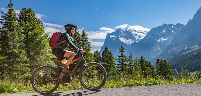 Kann man mit dem E-Bike abnehmen? (...und was Du dafür tun musst, damit es klappt!) ( Foto: Shutterstock- Umomos)