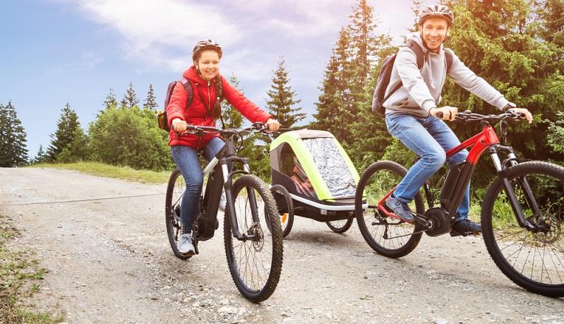 E-Bikes sind der Traum vieler Menschen, ganz einfach online kann man es bestellen. ( Foto: Shutterstock- Andrey_Popov )