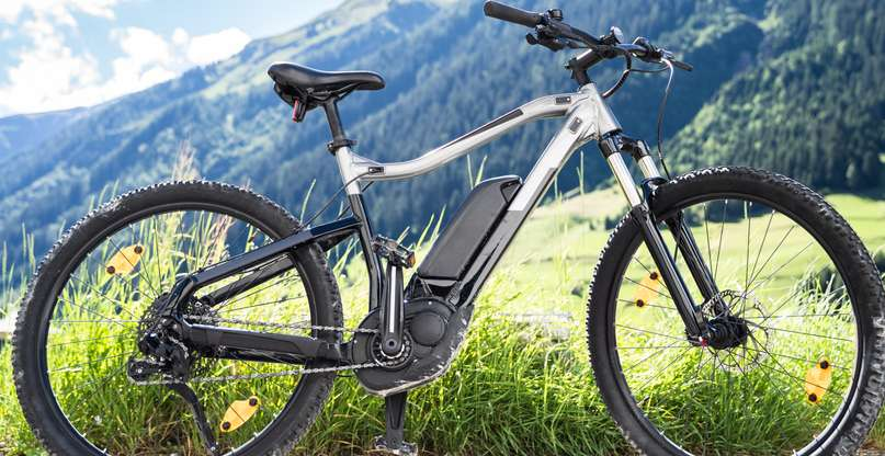 Berge erklimmen mit dem Bike kein Problem ( Foto: Shutterstock - Andrey_Popov)